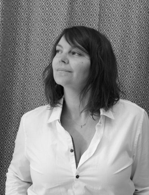 Portrait en noir et blanc de Marion Dubreuil société MS fabrique