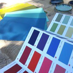 nuancier et échantillons de couleurs pour définir la bonne couleur pour votre intérieur