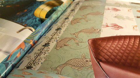Assortiment de papiers peints sur le thème des poissons.