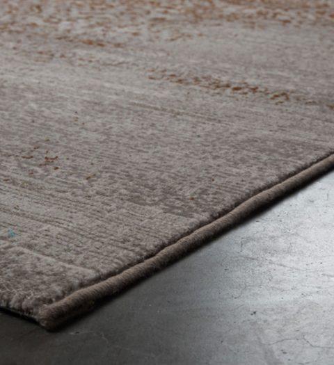 Le magnifique tapis Magic Carpet de chez Zuiver