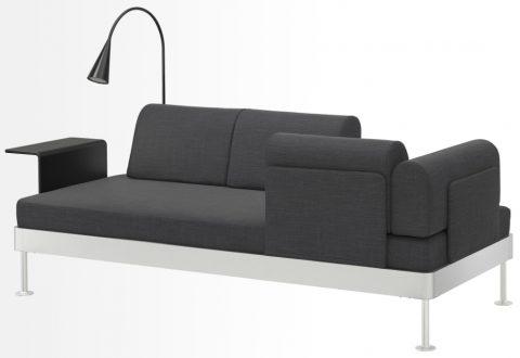 canapé 3 places avec les dossiers amovibles permettant de faire votre propre aménagement