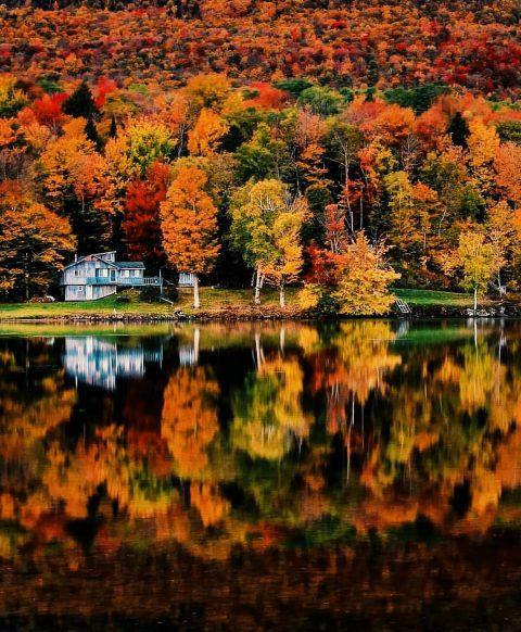 Photo de Voyageur du monde sur les couleurs de l'automne au Canada !